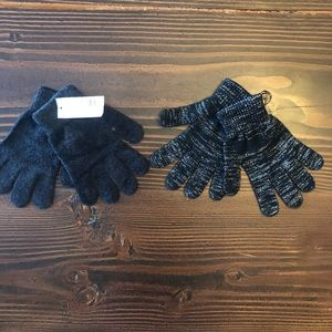 2 Pair or black Womens Gloves